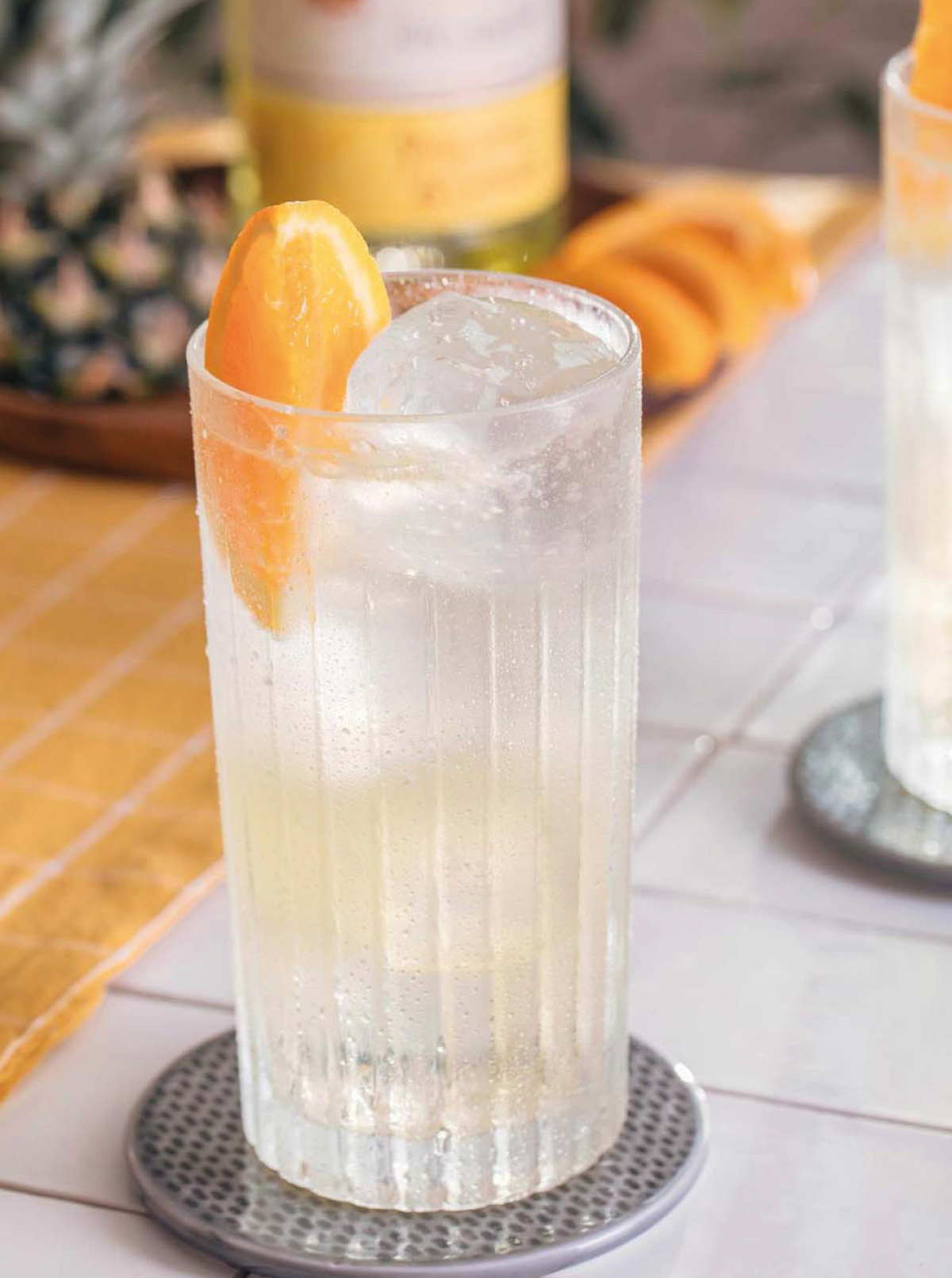 PINEAPPLE COLLINS